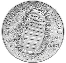 // 1/2 dollár, USA, 2019 // - 1969. július 20-án az Apollo-11 leszállóegysége két emberrel a fedélzetén leszállt a Holdra. A történelmi tett 50. évfordulójára az USA exkluzívan díszcsomagolt homorú érmét bocsátott ki. Az érme előlapján az ikonikus első lá