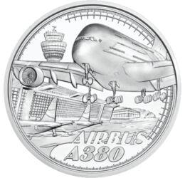 """// 20 euró, 925-ös ezüst, Ausztria, 2020 // - Ausztria kibocsátásában megjelent ezüst emlékpénz a jelenlegi legnagyobb utasszállító gépét az Airbus A380-at ábrázolja. A repülőgépre méretei miatt hamar ráragadt a """"Superjumbo"""" becenév. Magyar repülőtéren 20"""