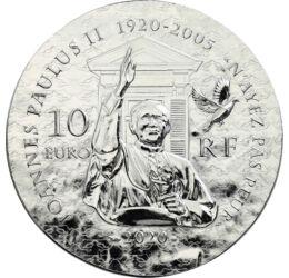 // 10 euró, 900-as ezüst, Franciaország, 2020 // - II. János Pál pápa a modern történelem legnépszerűbb egyházfője volt. A lengyel származású szentatyát a béke prófétája és az utazó pápa néven is gyakran emlegették. Születésének 100. évfordulója kapcsán j