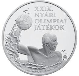 // 5000 forint, 925-ös ezüst, Magyar Köztársaság, 2008 // - A 2008-as olimpiát Peking rendezte. Hivatalosan 16 milliárd dollárból, a valóságban 43 milliárd dollárt, azaz akkori áron mintegy 6.750 milliárd forintot költöttek rá. Az ezüstérmén ábrázolt vízi