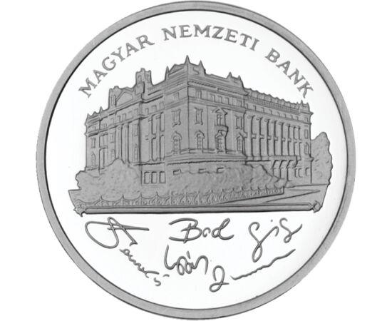 // 200 forint, 500-as ezüst, Magyar Köztársaság, 1992-1993 // - 1992 és 1998 között még ezüst forgalmi pénz is megtalálható volt a pénzforgalomban, méghozzá kétféle motívummal. Az 1992 és 1993 között vert ezüstpénzeinken a Magyar Nemzeti Bank látható. Már