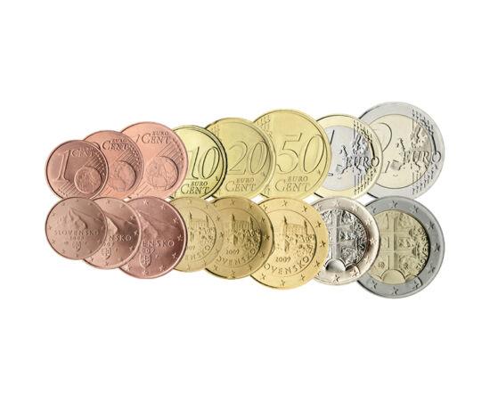 // 5x1, 5x2, 5x5, 6x10, 8x20, 8x50 cent, 6x1, 2x2 euró, Szlovákia, 2009 // - 2009-ben Szlovákia bevezette az eurót. Ebben az évben, többi országhoz hasonlóan úgynevezett kezdőcsomagot adott ki, hogy az emberek pénztárcájában meglegyen a mindennapi élethez