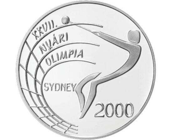 // 2000 forint, 925-ös ezüst, Magyar Köztársaság, 1999 // - A múlt évezred utolsó olimpiáját 2000-ben rendezte Sydney, és a nagy eseményt erre rímelően 2000 forintos ezüst emlékpénzzel köszöntötte a Magyar Nemzeti Bank. Hátlapján egy kalapácsvető, melynek