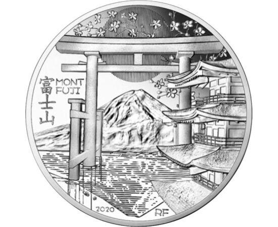 // 10 euró, 900-as ezüst, Franciaország, 2020 // - A Francia Pénzverde, az Unesco világörökségi helyszínek sorozatának legújabb eleme, a Fudzsi hegyet, Japán szent hegyét örökíti meg. A Fudzsiszán, ahogy a japánok nevezik, az ország legmagasabb hegye, ala