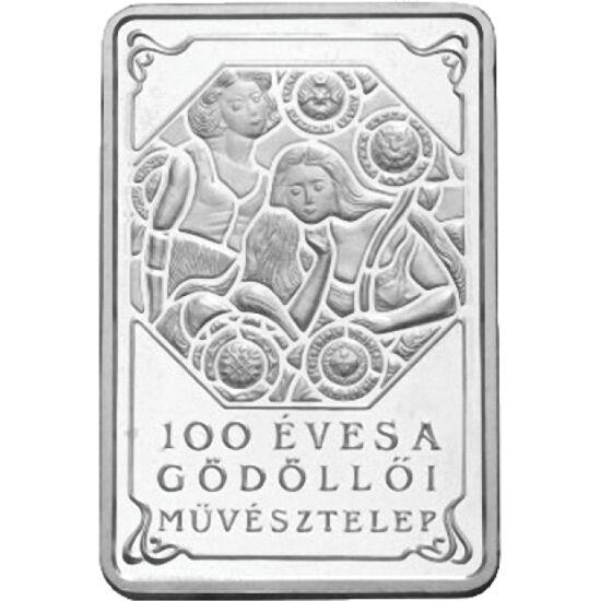 // 4000 forint, 925-ös ezüst, Magyar Köztársaság, 2001 // - A Gödöllői Művésztelep megalapításának 100 éves évfordulóját ünnepelte ez a különleges formájú gyönyörű ezüstpénz, majd 20 éve. Ez az érme volt az első szögletes forintérme. Sikerét bizonyítja az