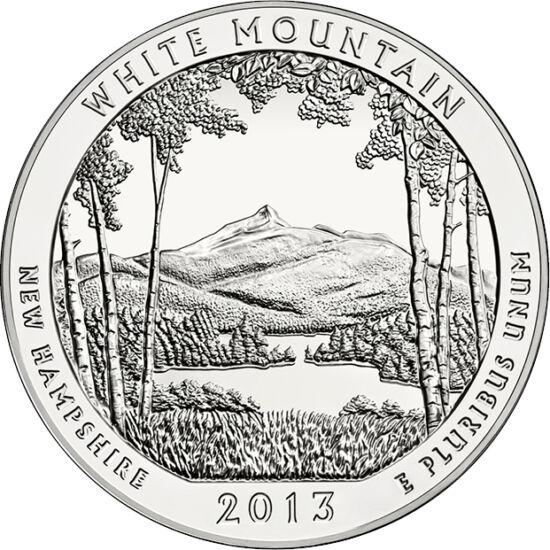 // 25 cent, 999-es ezüst, USA, 2013 // - A New Hampshire-i Fehér-hegyek vidékét évszázadokig kizsigerelte a favágás, a bányászat. 100 éve, 1918-ban Wilson elnök nyilvánította nemzeti parkká, megalapítva a Fehér-hegyi Nemzeti Erdő parkot. Azóta a Park évi