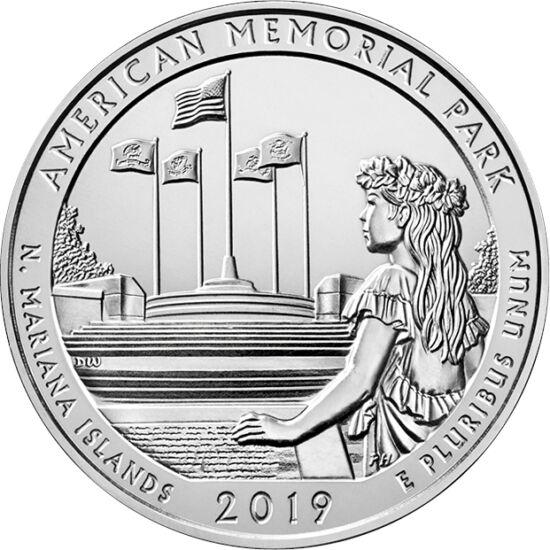 // 25 cent, USA, 2019 // - A Japánhoz közeli Mariana szigetek fontos hídfőállást biztosítottak II. világháborúban. Amerikai visszafoglalása 5204 katona és civil életébe került. A csata 50. évfordulójára épült az emlékpark, ahol minden hősi halott nevét fe